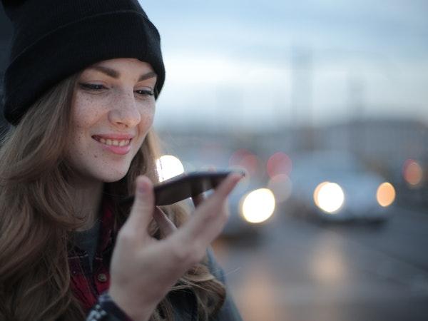 ecommerce development trends 2021 - voice search